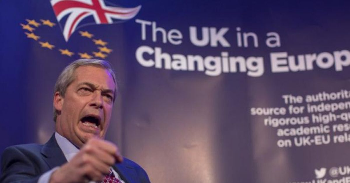 """Nigel Farage Warns """"We'll Lose"""" A Battle Between the West and Islam"""