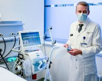 Should COVID-19 Treatment Involve Ventilators Being Reprogrammed Because Of Damage To Lungs?
