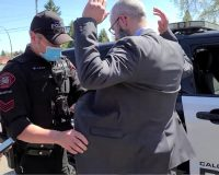 Canadian Gestapo Continue Their Tyranny:  Another Pastor Arrested For Assembling For Church – Another Unlawful Arrest (Video)